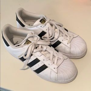 Adidas Super Star Tennis Shoes